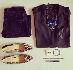 Everyone needs a statement piece in their wardrobe. This outfit features our Peacock necklace ($128) http://www.stelladot.com/sites/kelliemorman
