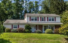 208 Cherry Hill Ln Broomall, PA 19008 home for sale Delaware County, http://www.anthonydidonato.net/wordpress/2016/08/31/208-cherry-hill-ln-broomall-pa-19008-home-sale-delaware-county/
