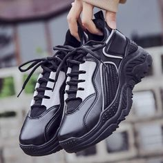 Trendy Korean Vulcanized Sneakers Casual Shoes For Women's – Touchy Style Black Shoe Boots, Black Shoes Sneakers, Casual Sneakers, Sneakers Fashion, Girls Sneakers, Best Sneakers, Girls Shoes, Air Max Sneakers, Sneakers Nike