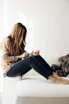 weekend layers stripeds-frayed denim-via le fashion