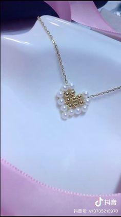 Wire Jewelry Designs, Handmade Wire Jewelry, Diy Crafts Jewelry, Bracelet Crafts, Beaded Jewelry Patterns, Wire Wrapped Jewelry, Diy Friendship Bracelets Patterns, Diy Bracelets Easy, Beaded Bracelets