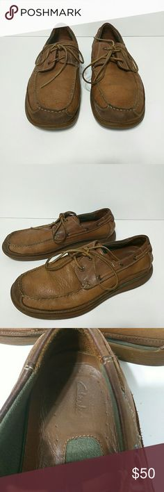 Clarks Men's Loafer Leather 11.5M 11.5 M Clarks Men's Leather Loafer with leather shoe strings. In good used condition. Clarks Shoes Loafers & Slip-Ons