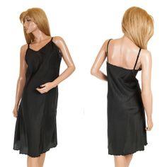 #VintageSlip #Barbizon Size 42 #Classique #FullSlip #NoisySlip #BlackSlip Nylon Rayon #VintageLingerie #SomeLikeItUsed