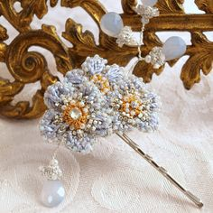 Forget-me-not Hair Pin by Edera Jewelry | Powder blue floral hair ornament