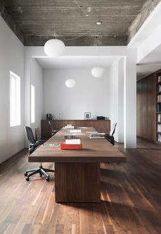 De Bank: KAAN Architecten's New Office in Rotterdam, The Netherlands | http://www.yellowtrace.com.au/kaan-architecten-new-office-rotterdam/