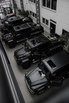 Best cars mercedes benz g wagon Ideas Mercedes Benz Classe G, Mercedes Benz G Class, Mercedes G Wagon, Mercedes Auto, Mercedes Brabus, Koenigsegg, Dream Cars, Best Luxury Cars, Luxury Suv