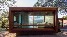 Sonoma weeHouse by Alchemy Architects