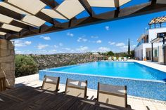 Villa Anthos is a beautiful, opulent, very large six bedroom property based in a stunning location with a large 12 x 6m heated infinity edge pool (with child safe automatic pool cover) and jacuzzi with extensive outside space, overlooking the signature 7th hole of the Aphrodite Hills golf...