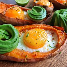 Recipe developer, photographer & stylist Food•Hotspots•Lifestyle :cravingsinams For business inquires:…