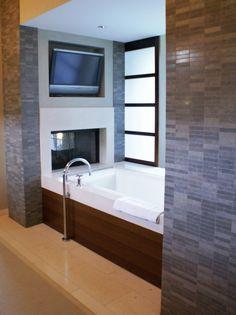 My dream bathtub! Fireplace - Check. Bath - check. Entertainment - check.