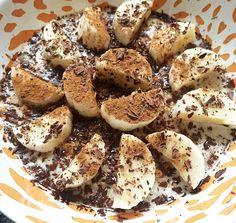 Havermoutpap met banaan, kaneel en pure chocolade | simpel - gezond & lekker. #havermout #banaan #ontbijt #health