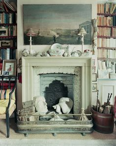 """The World of Interiors founding editor, Min Hogg, insists the art of the decorating is """"just putting things together"""". Lisa Freedman finds out more about her design philosophy, beautiful interiors and her spat with Anna Wintour. Images by Justin Barton. Find out more at www.thelondonmagazine.co.uk"""