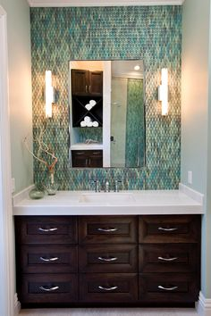 Crystal Cabinets and BMG Design Studio - Transitional drawer vanity in Boca Raton, FL.