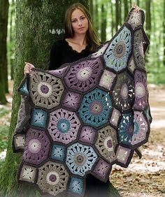 Crochet blanket + Diagrams + Free Pattern