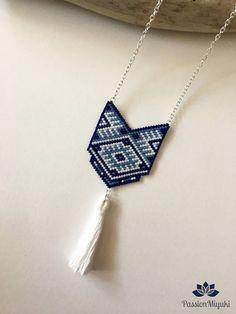 Tassel necklace with Miyuki beads on Etsy Seed Bead Jewelry, Bead Jewellery, Bead Earrings, Pendant Jewelry, Tassel Necklace, Bead Embroidery Jewelry, Beaded Jewelry Patterns, Jewelry Crafts, Handmade Jewelry