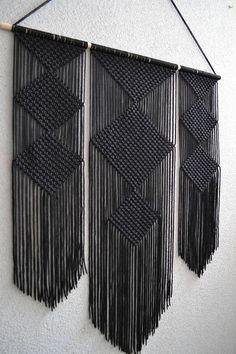 Macrame Wall Hanging Patterns, Macrame Patterns, Woven Wall Hanging, Tapestry Wall Hanging, Wall Hangings, Macrame Design, Macrame Art, Macrame Projects, Macrame Modern