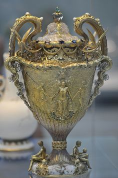 Tiffany  Co.  The Adam's Vase, (Gold, amethysts, quartzes, spessartites, tourmalines, freshwater pearls, enamel, 1893-1895).