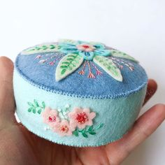 I have one of these blue mandala pincushions available in my shop in case you need a pop of pretty blue in your sewing space. Learn Embroidery, Hand Embroidery, Embroidery Designs, Felt Diy, Handmade Felt, Wet Felting, Needle Felting, Sewing Toys, Sewing Crafts