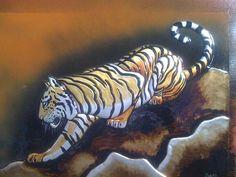 Tigre en aluminio repujado de Diego Cardenas Arévalo