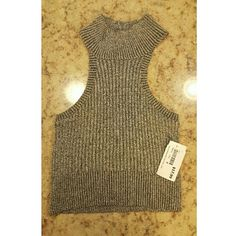 Crop turtleneck sweater New with tags . Cropped. Sweater . Very stretchy mystique boutique  Sweaters Cowl & Turtlenecks