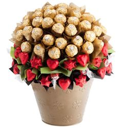 14 Best Valentines Images On Pinterest Chocolate Bouquet Candy