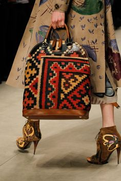 Burberry Prorsum / Fall 2014 / High Fashion / Ethnic & Oriental / Carpet & Kilim & Tiles & Prints & Embroidery Inspiration /