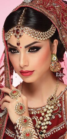 Fashion Photography Indian Bridal 46 Ideas For 2019 Indian Bridal Makeup, Asian Bridal, Bridal Beauty, Wedding Makeup, Hair Wedding, Beginners Eye Makeup, Makeup Tutorial For Beginners, Braut Make-up, Exotic Beauties