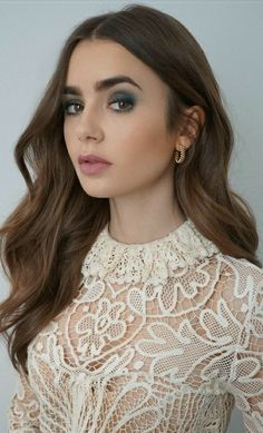 Lily Collins, Pearl Earrings, Clothes For Women, Lady, Beauty, Jewelry, Fashion, Outerwear Women, Moda