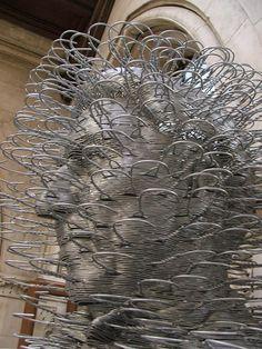 David Mach: Coat Hanger Sculptures- example of repeated object sculpture Sculptures Sur Fil, Art Sculpture, Wire Sculptures, Abstract Sculpture, Abstract Art, Found Object Art, Found Art, Michelangelo, Les Themes