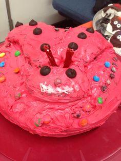 Lady bug cake Bug Party Food, Bug Cake, Lady Bug, Bugs, Desserts, Ladybug, Tailgate Desserts, Deserts, Beetles