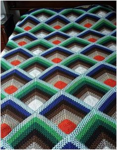 Would you be interested in free crochet afghan patterns for beginners? Afghans are crochet blankets that you can use to stay perfectly warm. Crochet Bird Patterns, Crochet Headband Pattern, Quilt Patterns Free, Free Pattern, Easy Crochet Afghan Patterns, Knitting Patterns, Loom Knitting, Free Knitting, Stitch Patterns