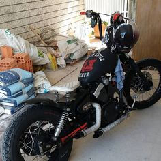 Virago 250 bob Virago Bobber, Honda Bobber, Bobber Bikes, Paint Bike, Cafe Racing, Vintage Motorcycles, Bobbers, Chopper, Motorbikes
