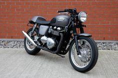 Triumph Thruxton 900 by Hess Motorrad » AcidMoto.ch, le site suisse de l'information moto