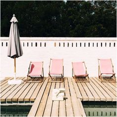 pink pool chairs