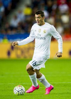 Mateo Kovacic Real Madrid debut