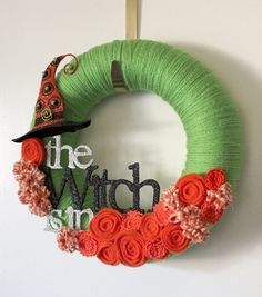 I love yarn wreaths and this one is so cute!