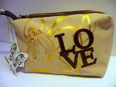 ¡Nuevos bolsos Winx Fairy Couture! http://poderdewinxclub.blogspot.com.ar/2013/12/nuevos-bolsos-winx-fairy-couture.html