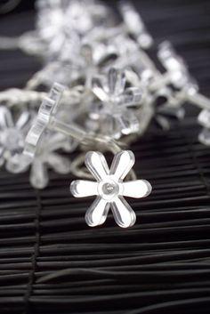 """Etoiles Flocons #christmas #noel #flower #fleur #deco #etoile #flocons #photographe #culinaire merci por le """"re-pin"""" #marielyslorthios"""