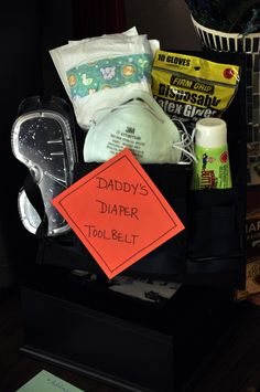 Daddy's diaper tool belt and other fun construction theme ideas Love this baby shower idea! Need to do something for Scott! 2nd Baby Showers, Baby Shower Fun, Baby Shower Themes, Shower Ideas, Construction Theme, Construction Nursery, Diaper Parties, Diaper Shower, Party Themes For Boys