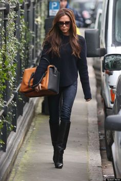 victoria beckham style | Victoria Beckham Keeps It Casually Stylish As She Runs Errands In ...