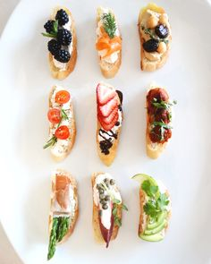 Bruschetta are probably the perfect #party food. POTPANKNIFE.COM