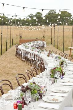 Love this long table for the #wedding #reception