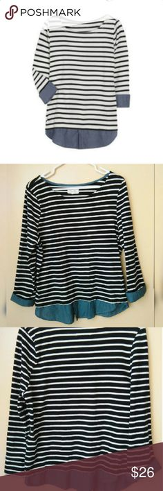 STRIPES /CHAMBRAY TOP BEAUTIFUL NAVY STRIPES W/CHAMBRAY BOTTOM  3/4 SLEEVES TOP. 100% COTTON SIZE L BUT WILL FIT MED. GREAT FOR LAYERING DURING COLD SEASON. IN EXCELLENT CONDITION. PER SE Tops Blouses