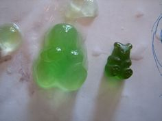 E is for Explore!: Growing Gummy Bears physical properties of matter 5th Grade Science, Preschool Science, Science Classroom, Teaching Science, Science Activities, Science Experiments, Ib Classroom, Science Fair Projects, Science Lessons