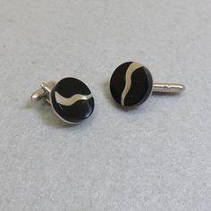Swank Black Lucite Cufflink Set, Silver and Black Cufflinks, Vintage Cufflinks Vintage Gifts, Etsy Vintage, Silver Jewelry, Vintage Jewelry, Cufflink Set, Vintage Cufflinks, Easy Gifts, Vintage Costumes, 1960s
