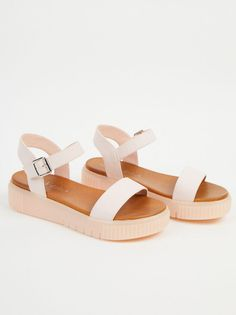 Details about  /Earth Shoes Women/'s Garland Slip On Tan Leather Upper Sandals Size 8.5M