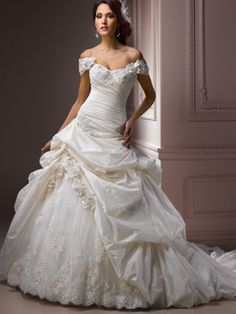 A-Line Ball Gown Princess Strapless Sweetheart Off the Shoulder Dropped Cap Sleeve Non-Strapless Satin Taffeta Tulle Wedding Dress