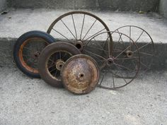 rustic assortment of metal wheels repurpose home decor industrial farmhouse country