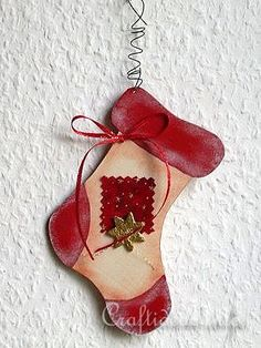 free craft patterns painting christmas images | Craft for Christmas - Scroll Saw Project - Wooden Stocking Christmas ...