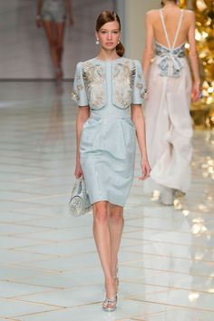 A look from the Guo Pei spring 2016 couture show. Photo: Imaxtree.